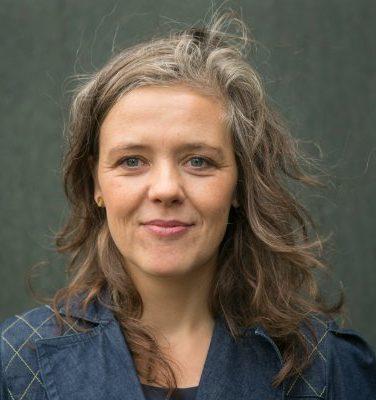 Laura Winge