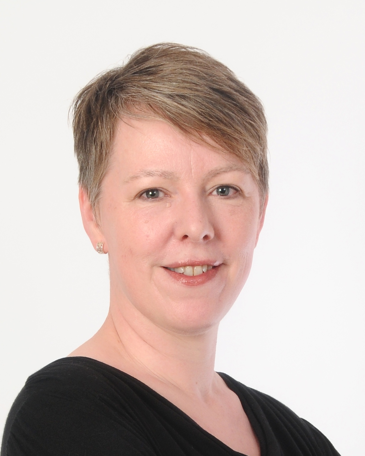Dr Sharon Wright