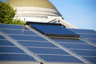 Washington, DC steps up on solar power. Photo by Adam Fagen/Flickr