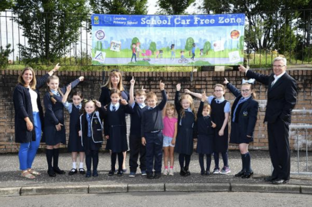 Car Free Zones introduced around six Glasgow primary schools. Image courtesy of Glasgow City Council.